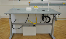 height adjustable lab table