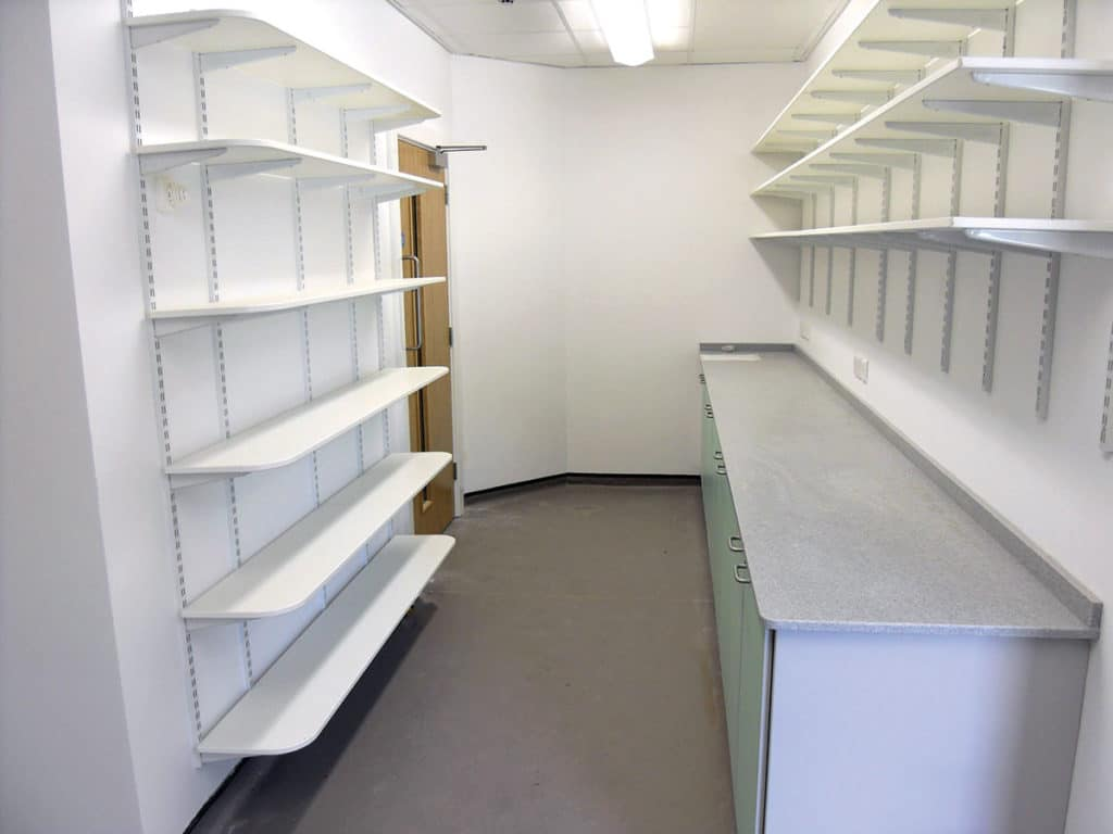 LAB 20 SHELVING AND WORKTOPS