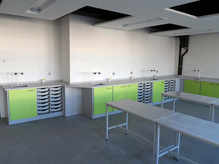 vesltone moveable tables and perimeter benching science classroom