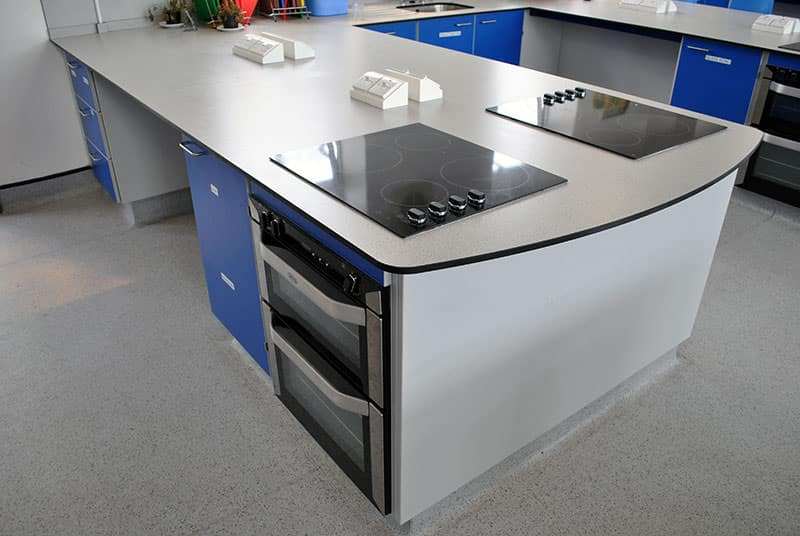 ovens and hobs on trespa worktop