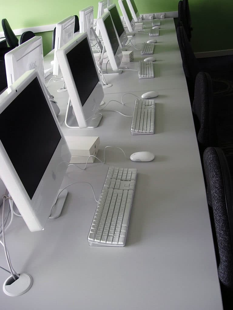 white apple mac computer classroom